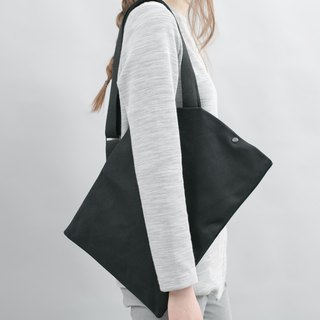 DIAGONAL Tote Bag (Black)