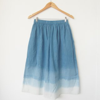 Indigo cotton skirt / with lining and pockets
