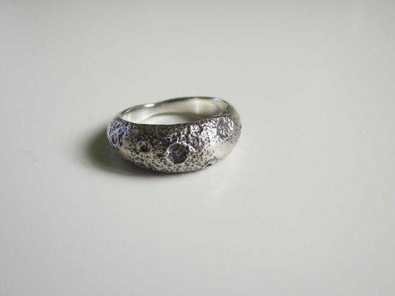 月球戒/霧面/戒指/禮物/925純銀/手工銀飾 |Twinkllin