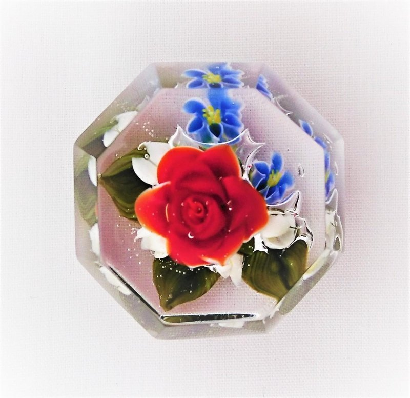 Mini Glass Rose Paperweight