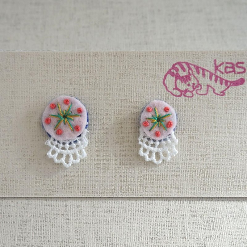"Hand embroidery pierced earring""Spring color big,small 1"""