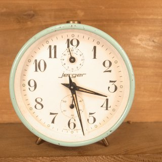 Old bones Jerger Lake water green mechanical alarm clock VINTAGE