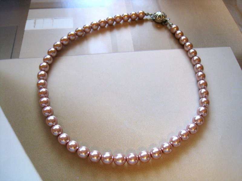 Silky Pearl Necklace / 8mm : Pink Bridal*