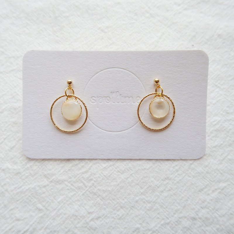 Circle with soap bubble earrings / ear clips