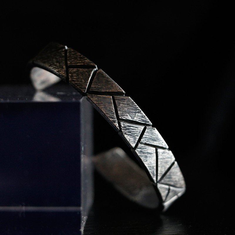 S925 silver handmade irregular stone pattern fissile texture sterling silver old men's open bracelet
