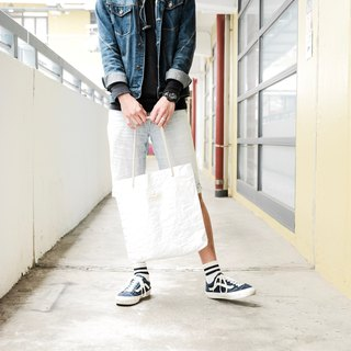 [Paper made possible] Ultra lightweight - wrinkled Tote Bag Tote bag