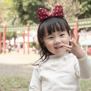 Cute little Minnie series - classic red soft Q cloth butterfly hair ring