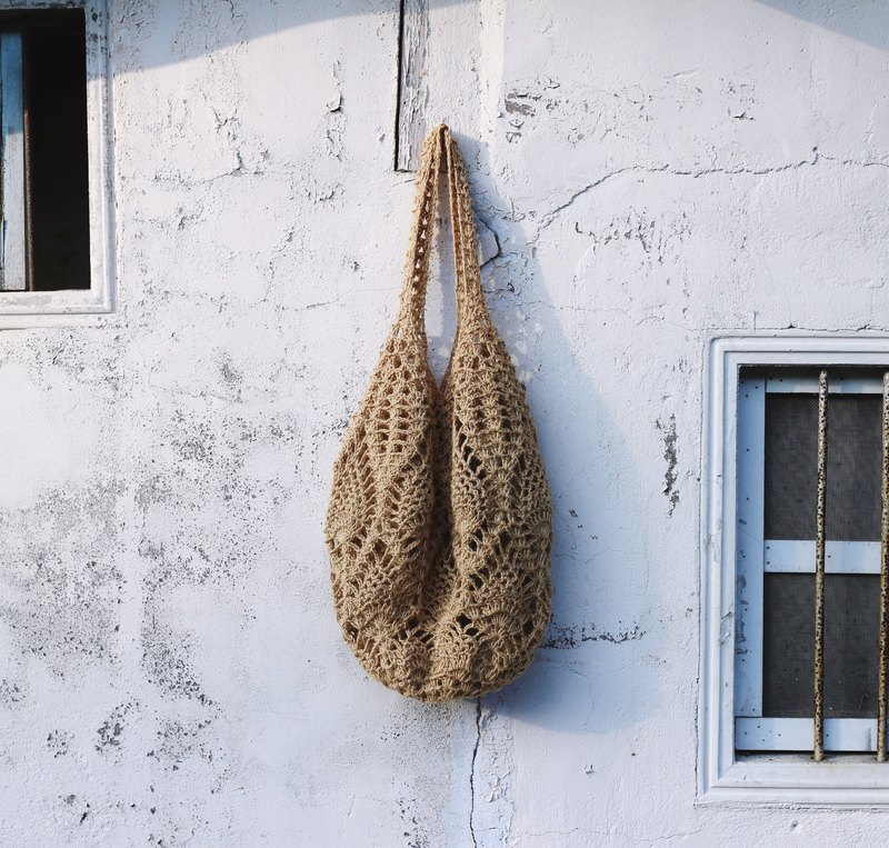 Handmade hand-woven / jute rope woven mesh bag / shopping bag / shoulder bag / twine bag