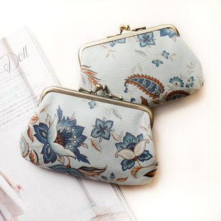 Blue and white porcelain mouth buns / coin purse [made in Taiwan]