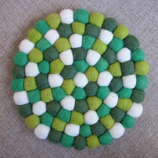 【Grooving the beats】 Potholder, Trivet, Pan Coaster, Pot holder, Felt ball Trivet(Round_20cm_Green)