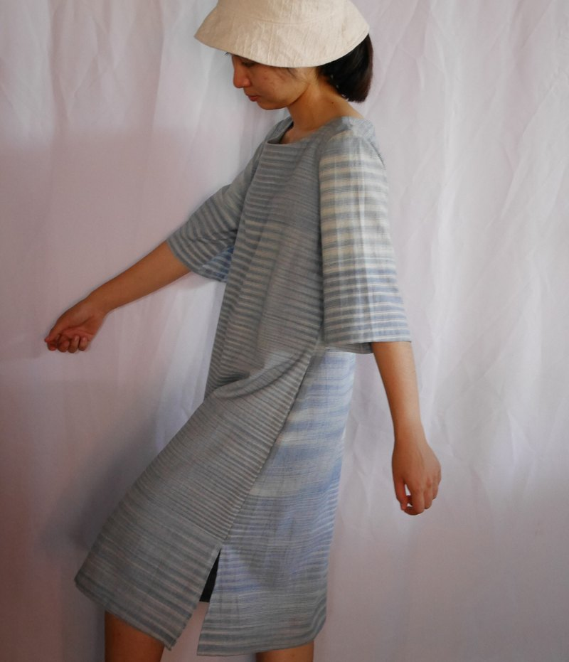 hand-woven cotton fabric with natural dyes long dress (indigo) y12