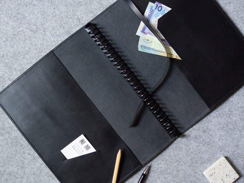 YOURS B5-SIZE buttonless loose-leaf notebook + L sandwich personality black leather