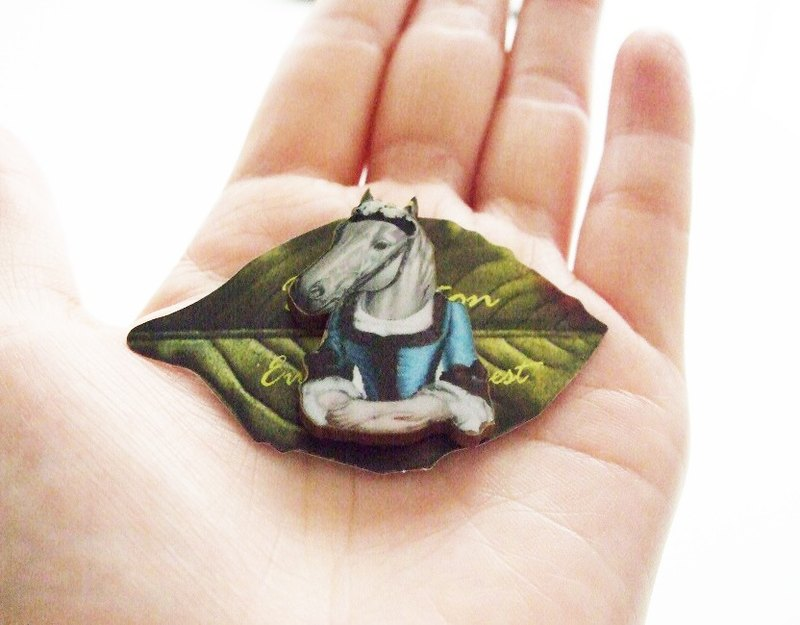 lady horse brooch