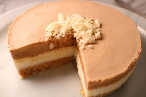 Six white coffee white chocolate mousse cake - DIY ingredients combination