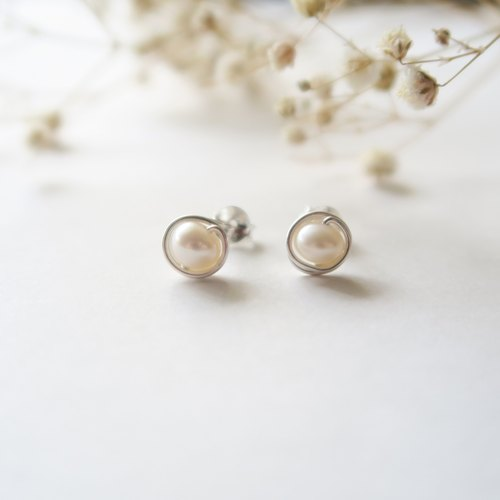 925 Silver Fresh Water Pearls  Earrings/ Spiral Ear Clip-Sold as a Pair