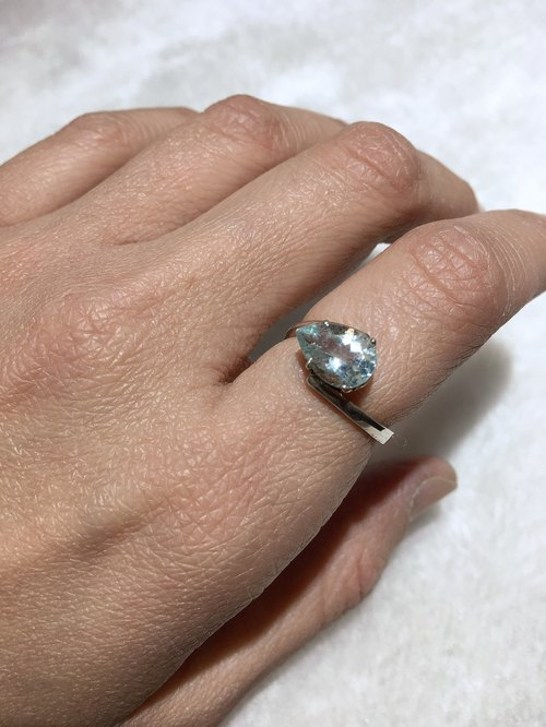 Aquamarine Ring in simple design Handmade in Nepal 92.5% Silver