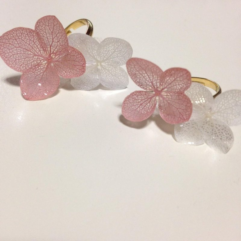 Vintage pink * hydrangea pinky ring