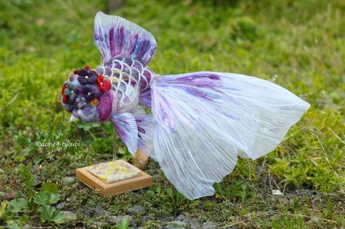Needle felted goldfish Flower cap oranda-Purple-