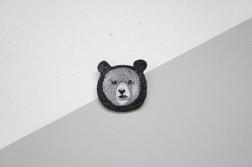 Animal embroidery pin / brooch - Taiwan black bear