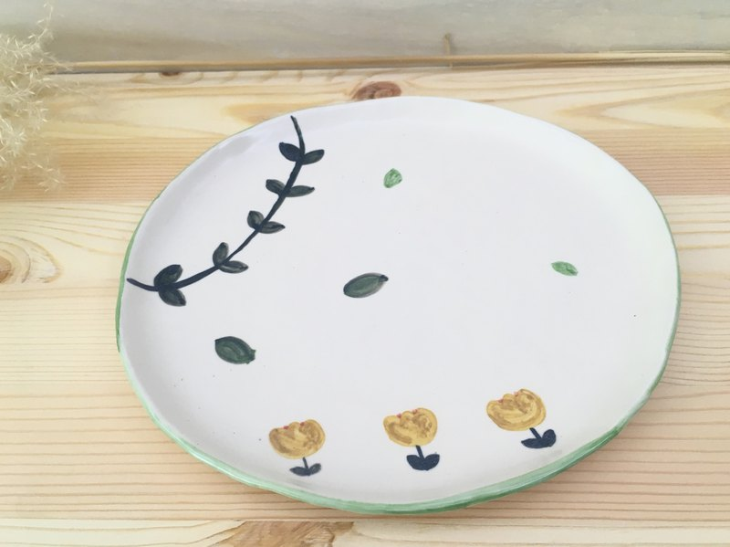 Ceramic plate - small flower green series
