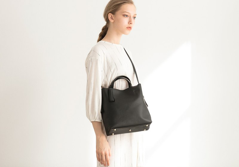Monica First Layer Leather Crossbody Backpack + Mother Bag Inside Bag [Black]