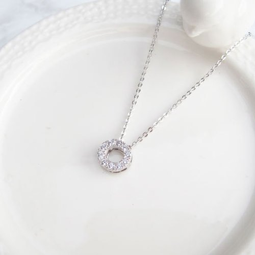 Giants Taipai 【Exclusive Selection】 Shining round sterling silver clavicle necklace