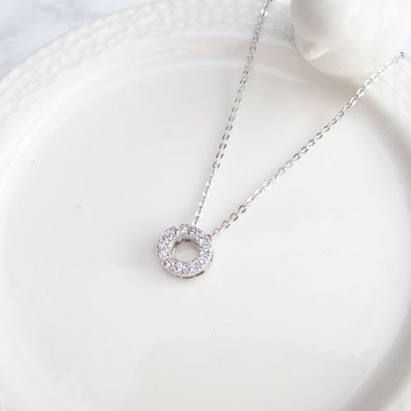 Bigman Taipa [exclusive selection] shining round sterling silver clavicle necklace