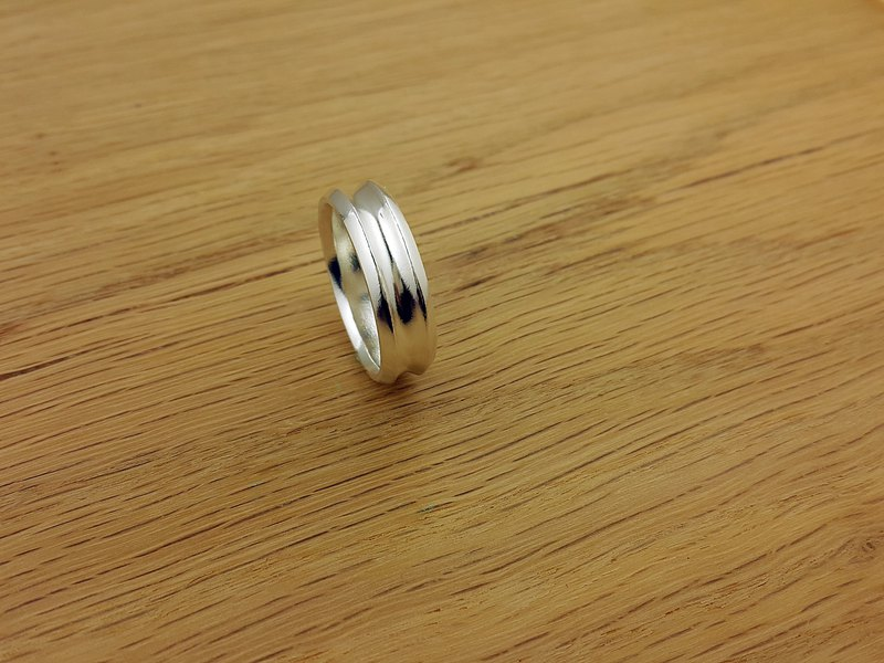 Arc Pair Ring-Female