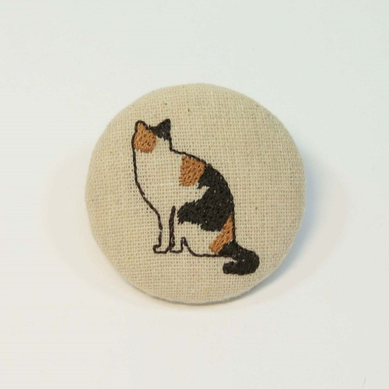 Embroidery 5cm in the pin 07-three cats