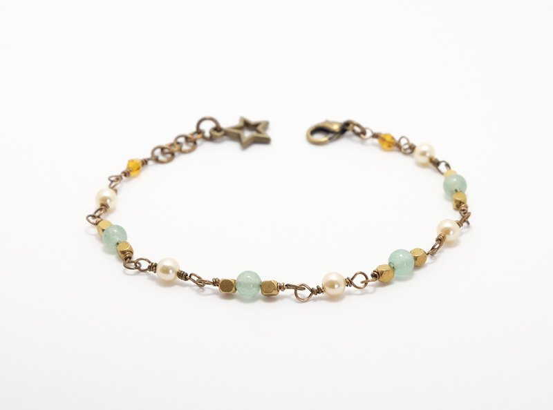 . Summer Series. Aventurine quartz retro DF stone bracelet adjustable green