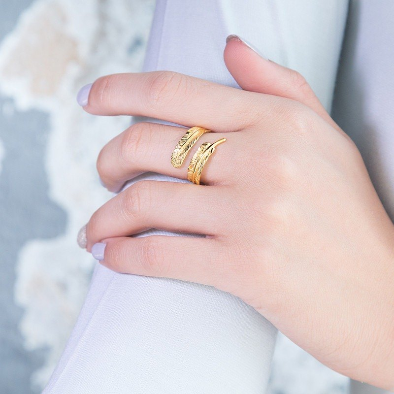 Little Angel Trace Ring - Golden