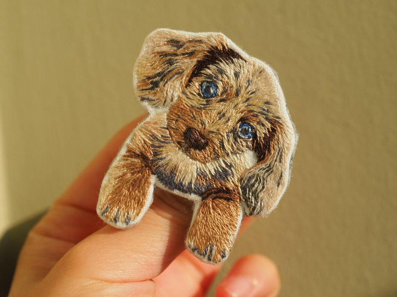 Hand Embroidered Doggy Brooch . Hand Embroidery/ Hand made/ Animal series/ gifts