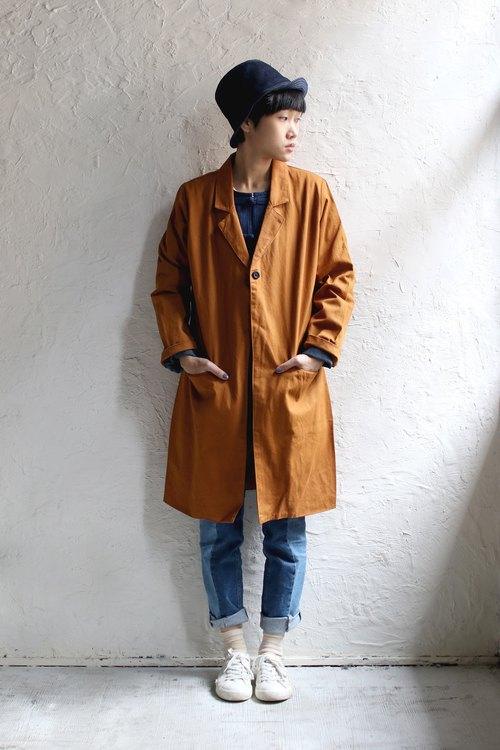 Omake button coat / ochre