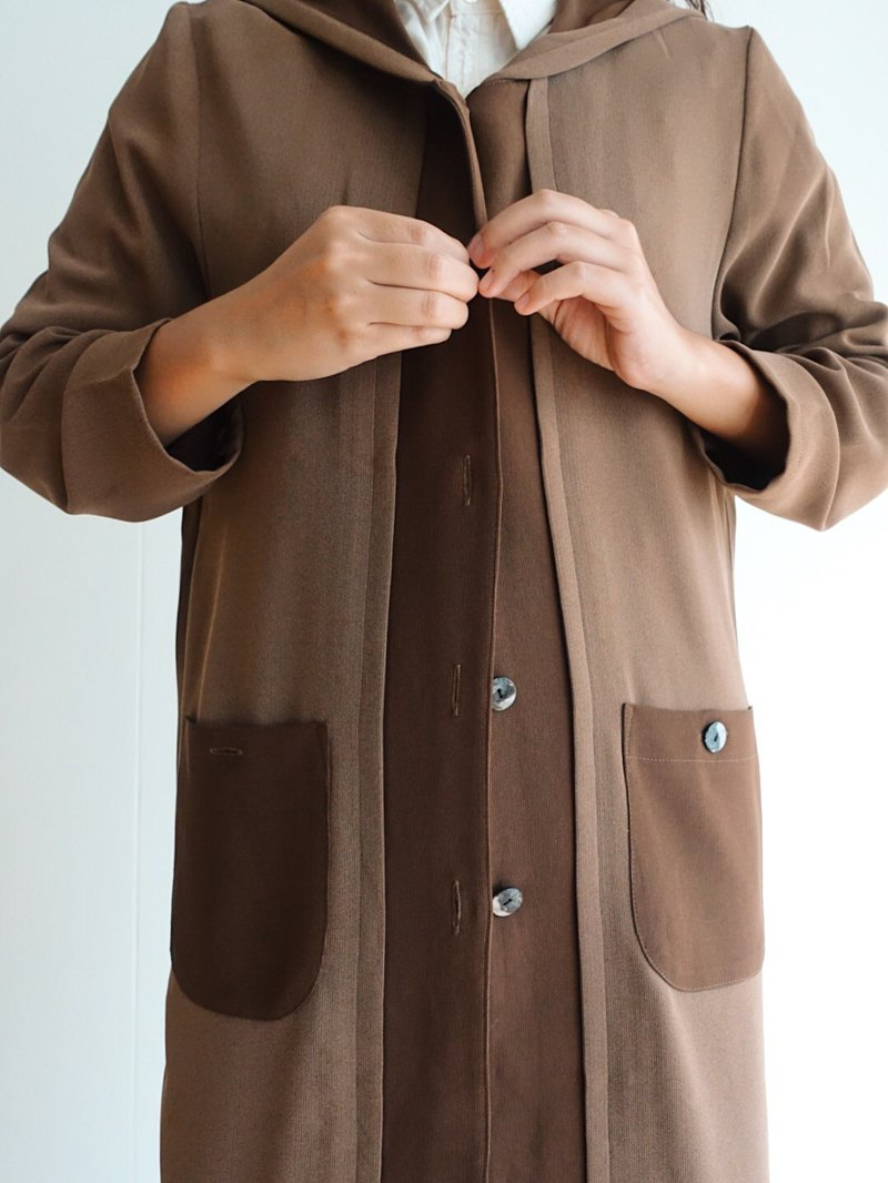 Vintage windbreaker / long coat no.30
