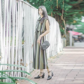 Mu 煦: Straight striped drapery sleeves long dress