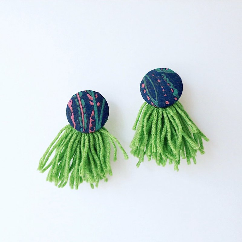 [endorphin] African style puffy earrings