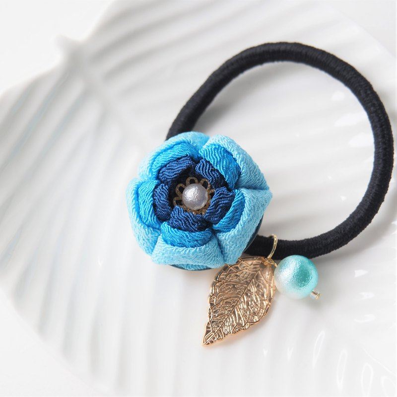 Charming Shades of Blue Gold leaf Floral Hair tie custom