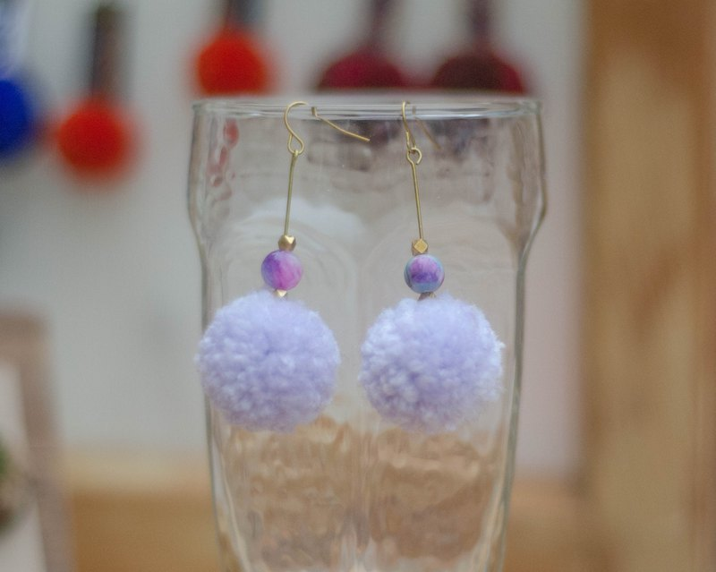 [Purple Hydrangea] small hair ball earrings, natural stone, copper beads