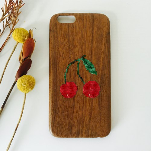 Yuansen hand-made original pure hand-embroidered imitation wood phone shell cherry