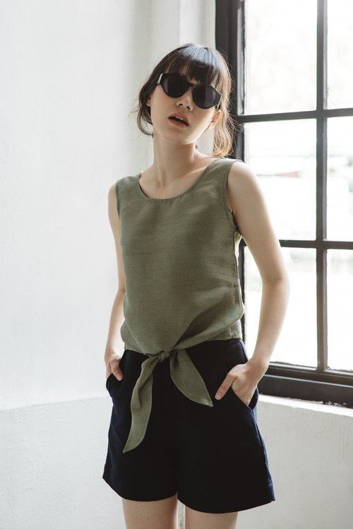Bow tie tank top in Kale