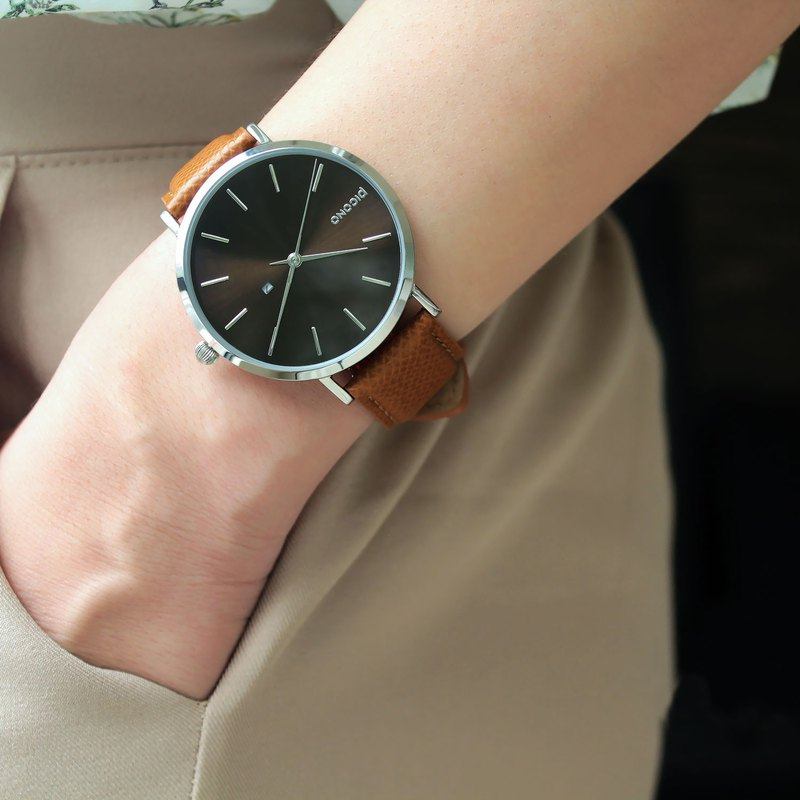 Cosmos collection brown metal dial leather strap watch / CO-9302
