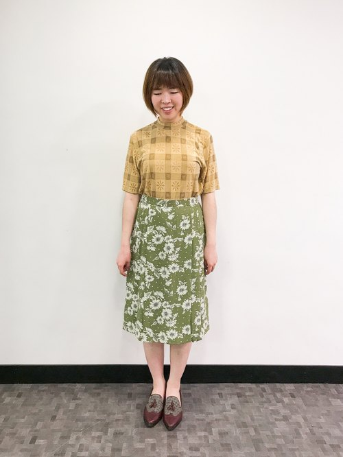 …{DOTTORI :: BOTTOM}Lawn Green Floral Skirt