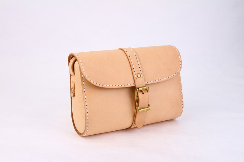 [Cut line] leather handmade retro buckle belt female bag shoulder mini square bag female Messenger bag