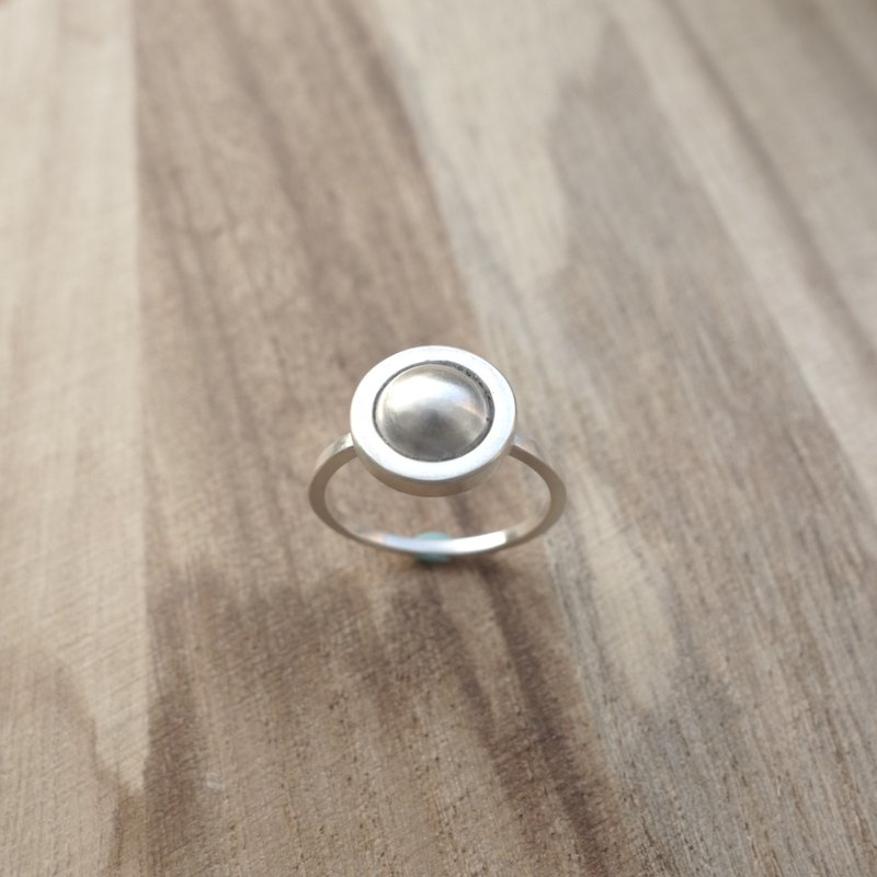Sterling Silver - Geometric Round Ring
