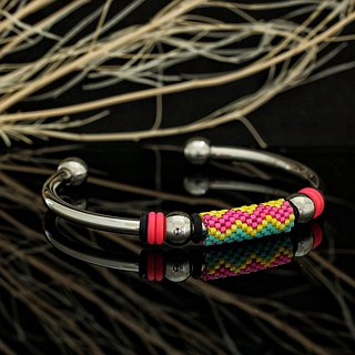 Aiko Bead with 4mm Stainless Steel Bangle Peyote-26