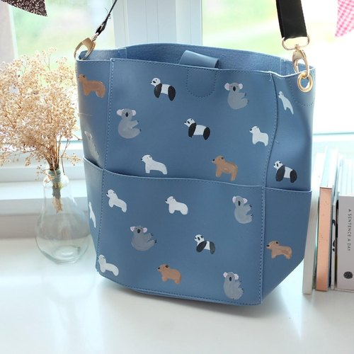 Bears Large Bucket Bag