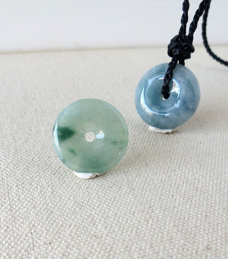 The birth year [Peace ‧ Ruyi] floating flower peace buckle emerald silk wax line necklace [MG1] four shares *