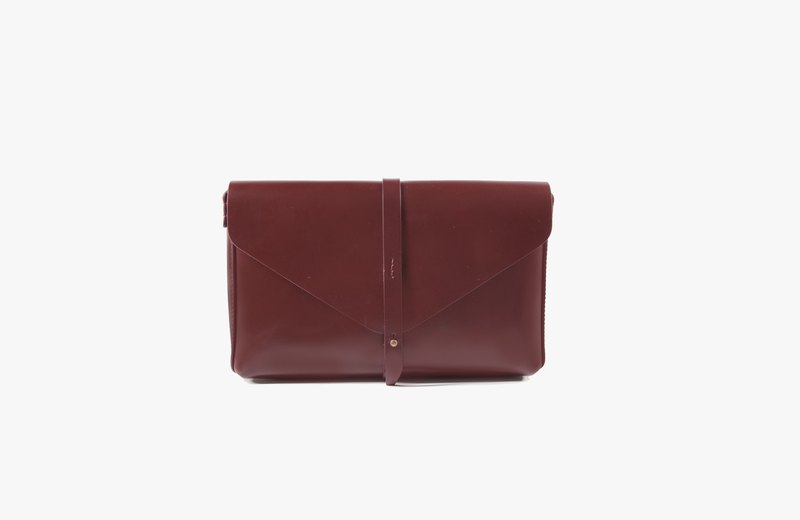 Envelop Clutch / Reddish Brown / Leather / Clutch / Cross bodies