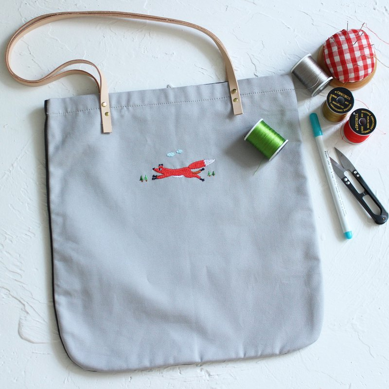 Fox two-tone tote bag  Handmade shoulder bag I Story_Fox's Love
