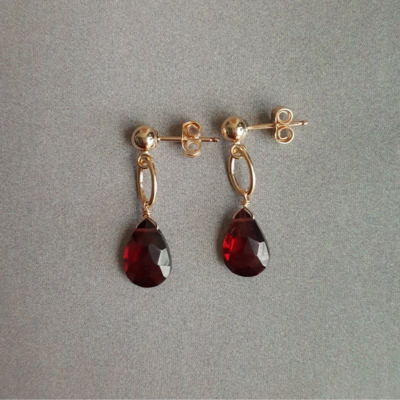 14kgf Red Garnet Red Garnet Earrings # 2